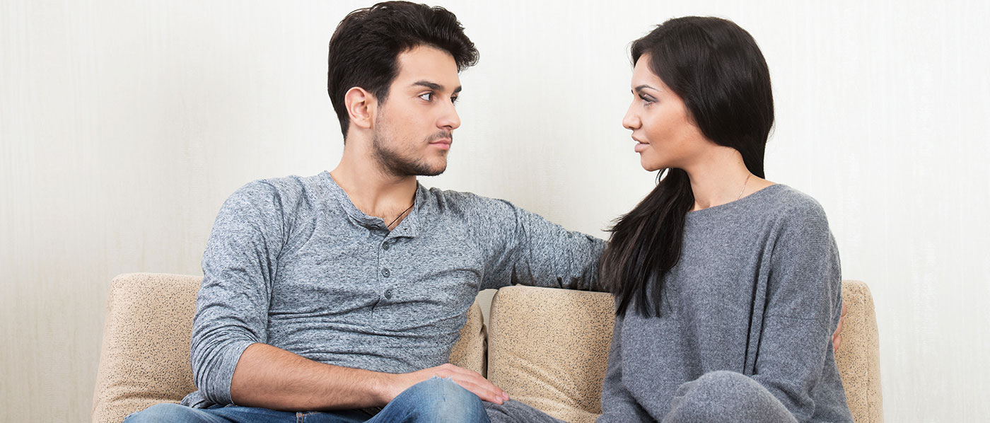 couple-talking-relationship-course